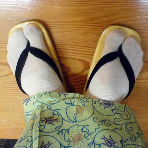 So you can wear your geta (Japanese sandals) with it! These socks are called